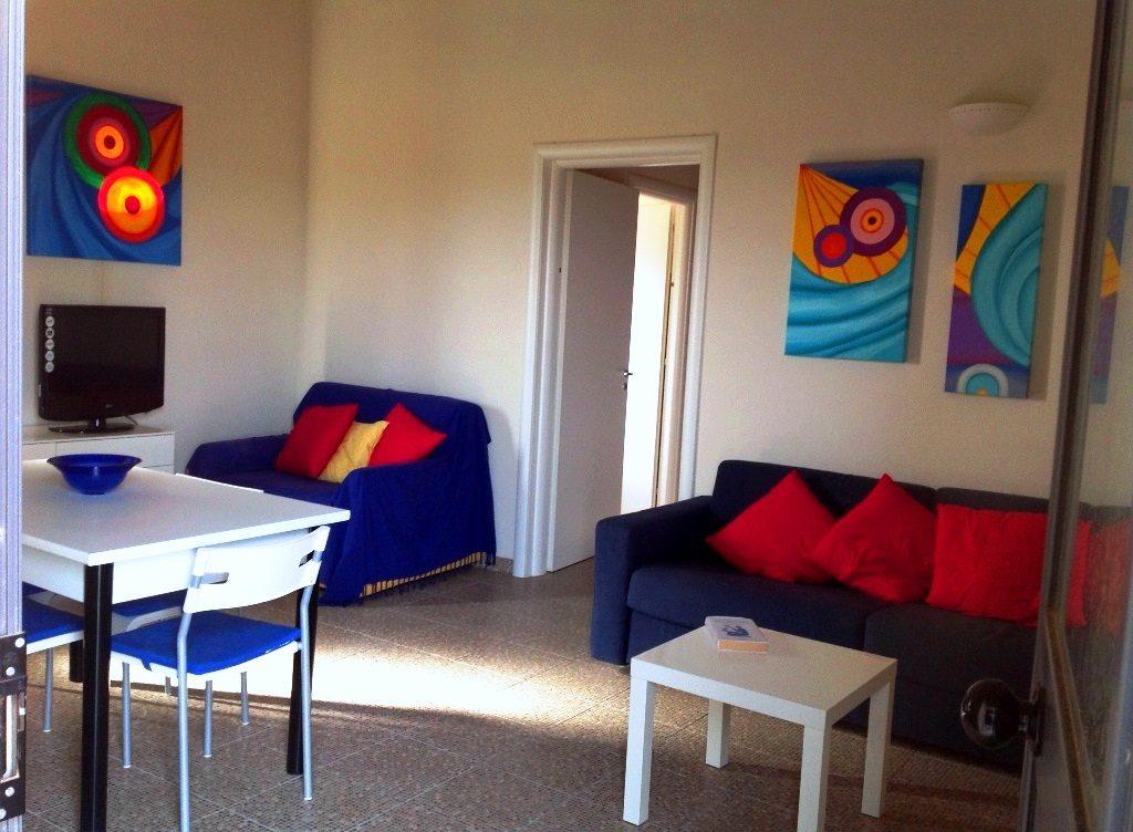 Soggiorno-cucina appartamento - Love Sicily 4