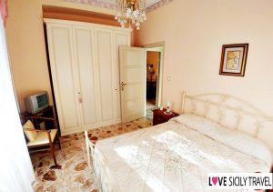 2 camere matrimoniali – Love Sicily 37